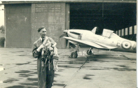Me pilot training in the RAF 1953 GREAT FUN