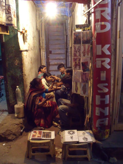 india delhi people streets market medhi life