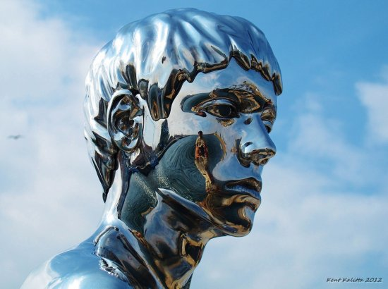 Man Sculpture Face Denmark Helsingor Augusti 2012 Harbour Stainless steel
