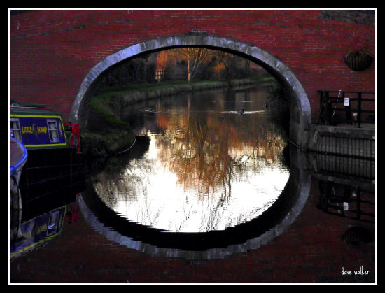 reflectionthursday saffi9 bridge barrow on soar