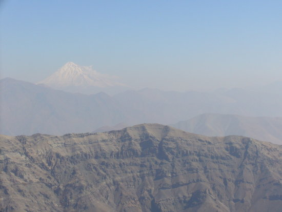 A spectecular View of Darabad and Damavand Peaks