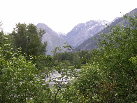 washington leavenworth mountain cascade river