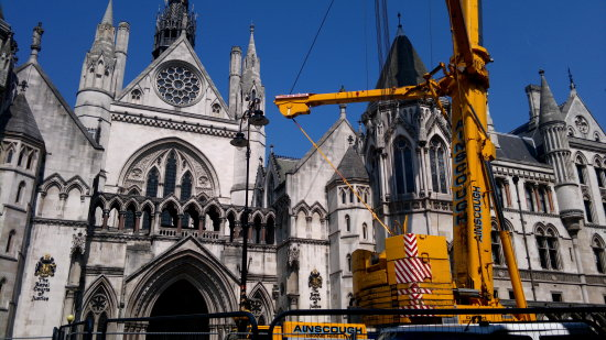Royal Courts of Justice/ Crane.