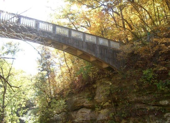 bridge elevated park Mattheissen trail path high autumn fall recreation