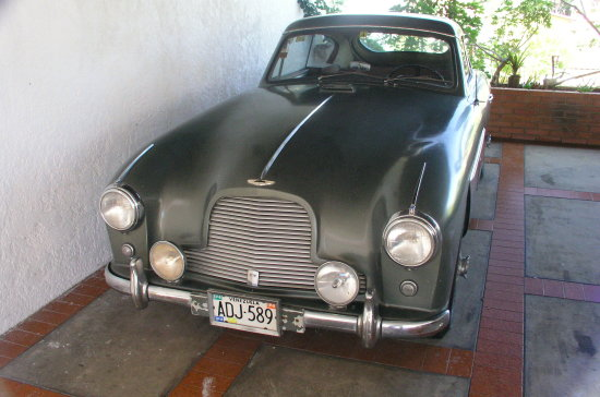 front view ASTON MARTIN DB2-4 MARK II