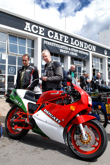 bike motorcycle ace cafe