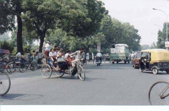this is one of the scene in the morning in New Delhi