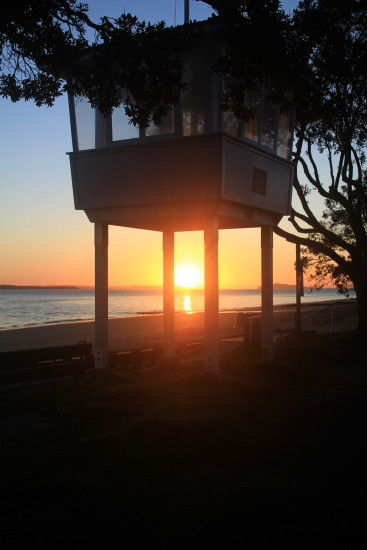 narrow neck beach sunrise