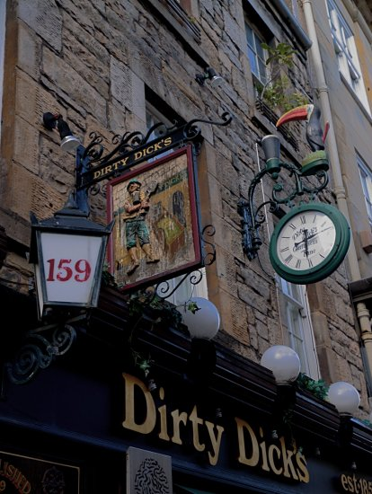 Edinburgh Scotland pub dirty_Dick