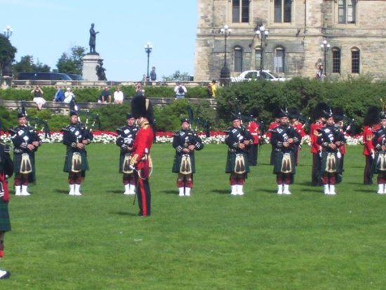 CEREMONIAL GUARD OTTAWA