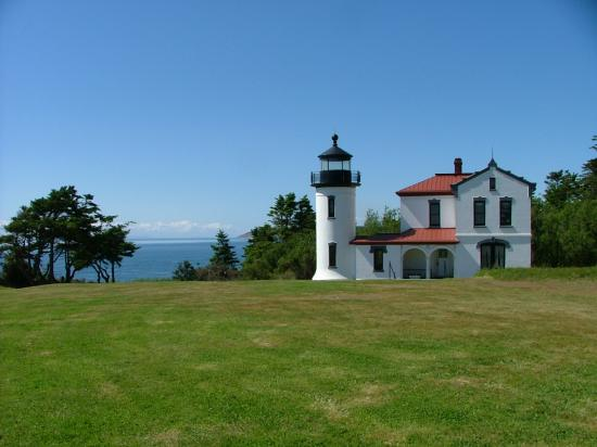 Washington nature lighthouse admiralty head