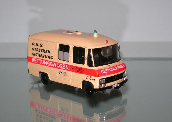 mercedes ambulance schuco 143 diecast toy car model