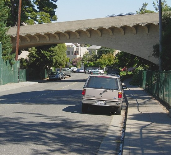 Oakland Avenue crosses over Linda Avenue near the edge of Piedmont, California, an enclave town i...