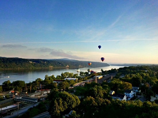 balloon launch morning hudson river river