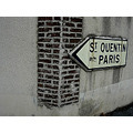 signpost Paris Stquentin