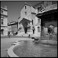 arles provence france fountain eglise trophime crop zeiss biogon 21mm