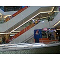 The water play in the shoppingmall.
