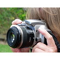camera canon lady photographer lens zoomlens
