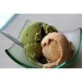 food dessert icecream objects green pistachio vanilla sharp closeup