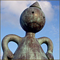 Sculpture of TOM OTTERNESS. at Scheveningen