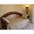 DAY BED WITH TRUNDLE 3RD BEDROOM FLORIDA RENTAL