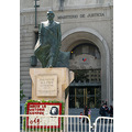 SANTIAGO     CITY TOUR 40       FORMER SOCIALIST PRESIDENT SALVADOR ALLENDE  SCUPTURE FACING THE ...