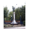 monument Stourbridge glassblowing
