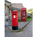 English red phone and letter box