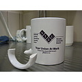 monashuniversity australia victoria pc3800 coffee mug handle broken
