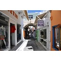 Santorini Greece narrowstreet shoppingarea Boutiques souvenirs nikon d90