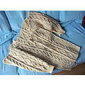 cardigan Aran knitting
