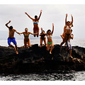jump friends beach fun felicidade rock crazy people