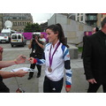 Lizzie Armitstead with her Silver medal