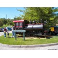 stlouis missouri us usa travel vehicle train red black steam engine green blue